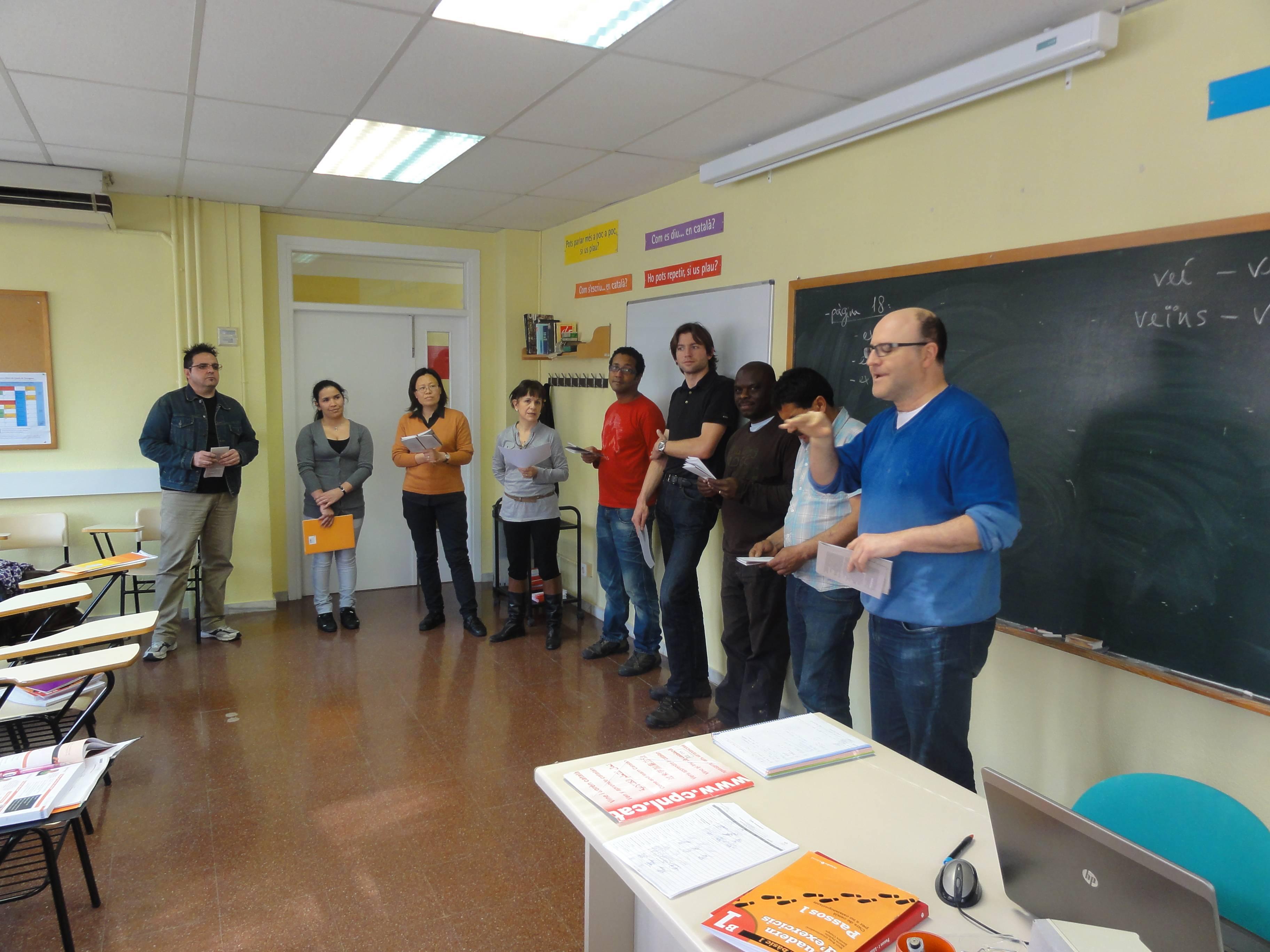 Activitat del Dia Mundial de la Poesia al Centre de Normalització Lingüística de Tarragona