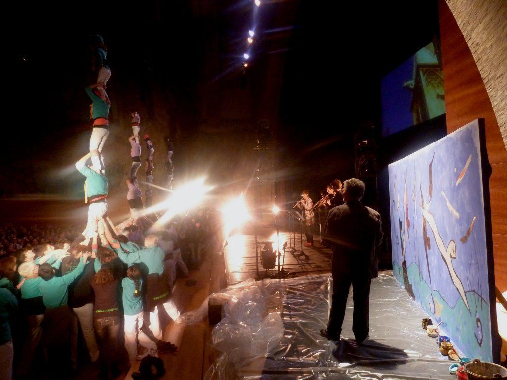 Les quatre colles de la ciutat aixequen un pilar de quatre durant l'acte inaugural de Tarragona 2012