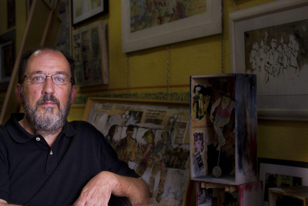 El pintor Màrius Masip en el seu taller. Foto: Eli Fernández