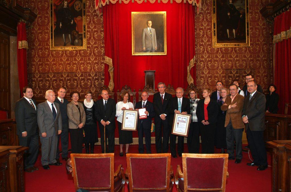 Lliurament de la Medalla de la Ciutat a José Antonio Calvo el 2008 al Saló de Plens de l'Ajuntament de Tarragona