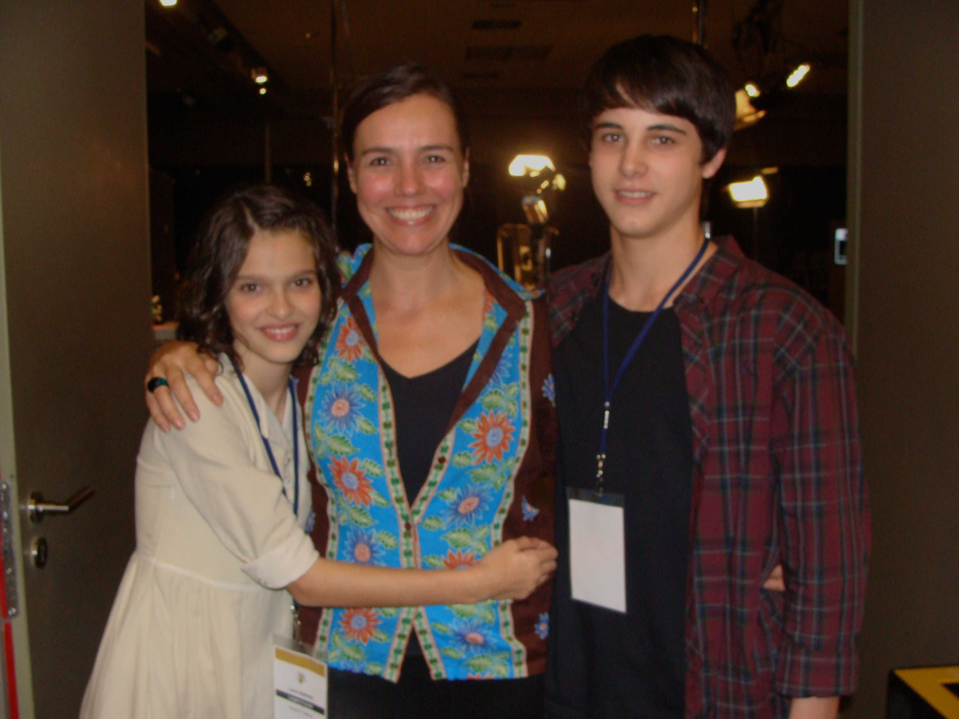 Mercè Rovira amb els joves actors de 'Fill de Caín' Abril García i David Solans. Foto de Lourdes Domènech