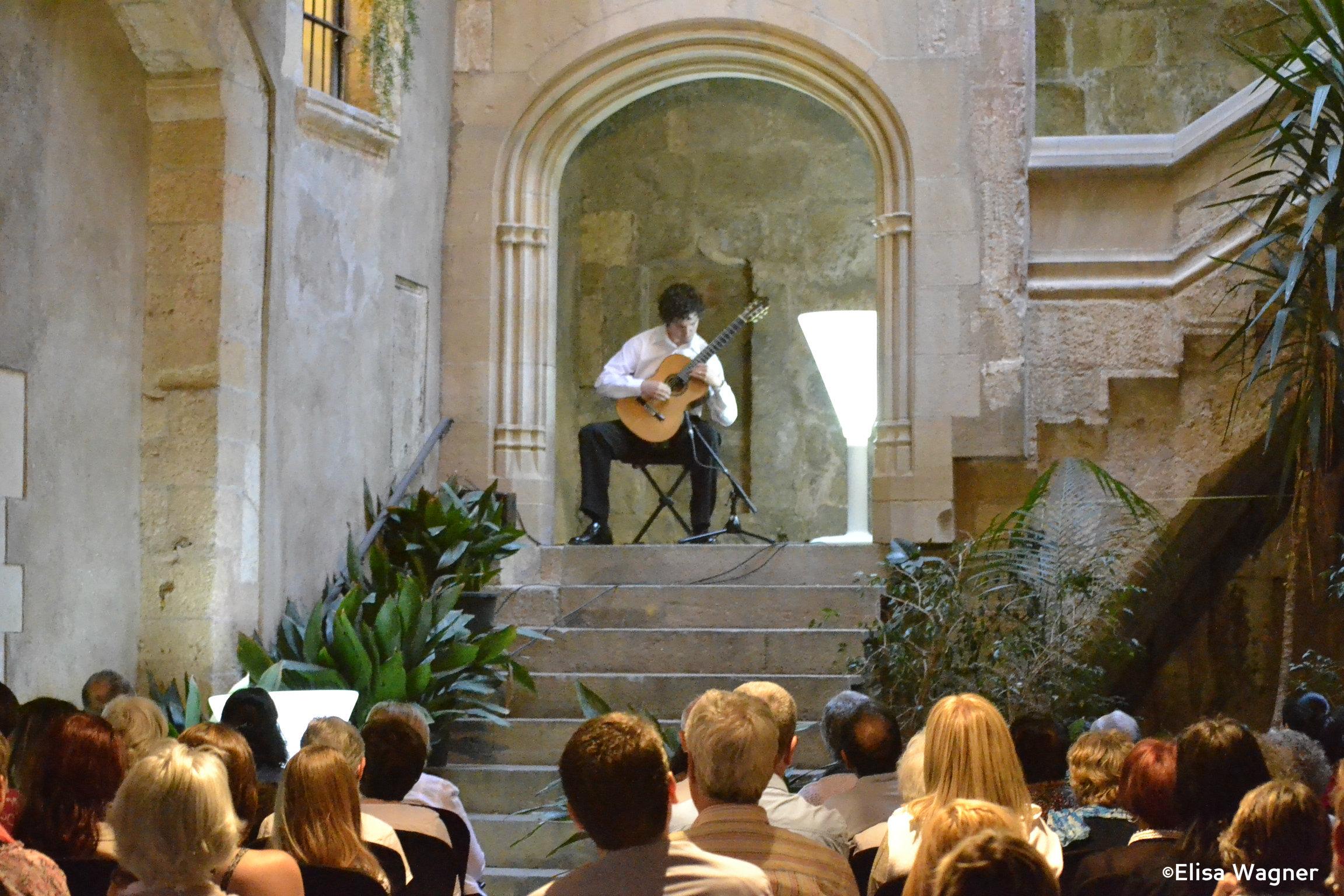 Concert del guitarrista Juan Becerra a Casa Balcells. Foto Bouquet Festival