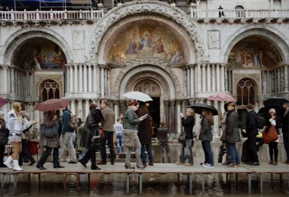 Domenico Cipollina - Els turistes i els llocs d'art