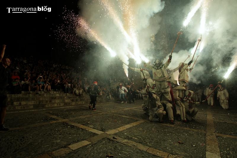 El Ball de Diables de Tarragona en el Correfoc de Sant Joan