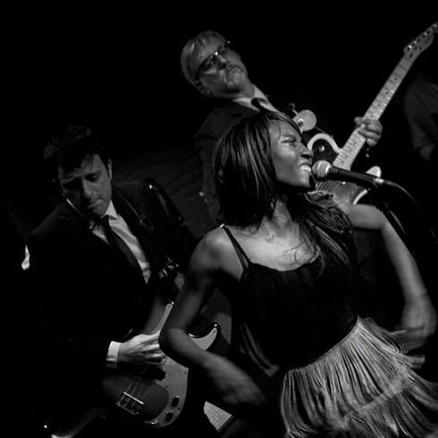 Concert de The Excitements. Foto de Carles Llop