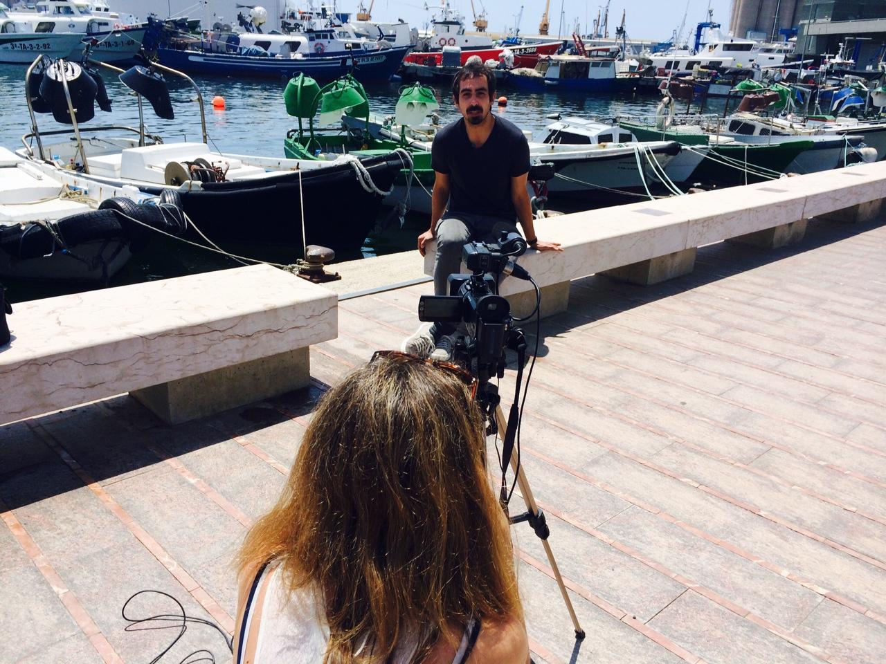 Adrià Borràs enregistrat el vídeo amb les seves recomanacions per al butlletí #FandeTGN