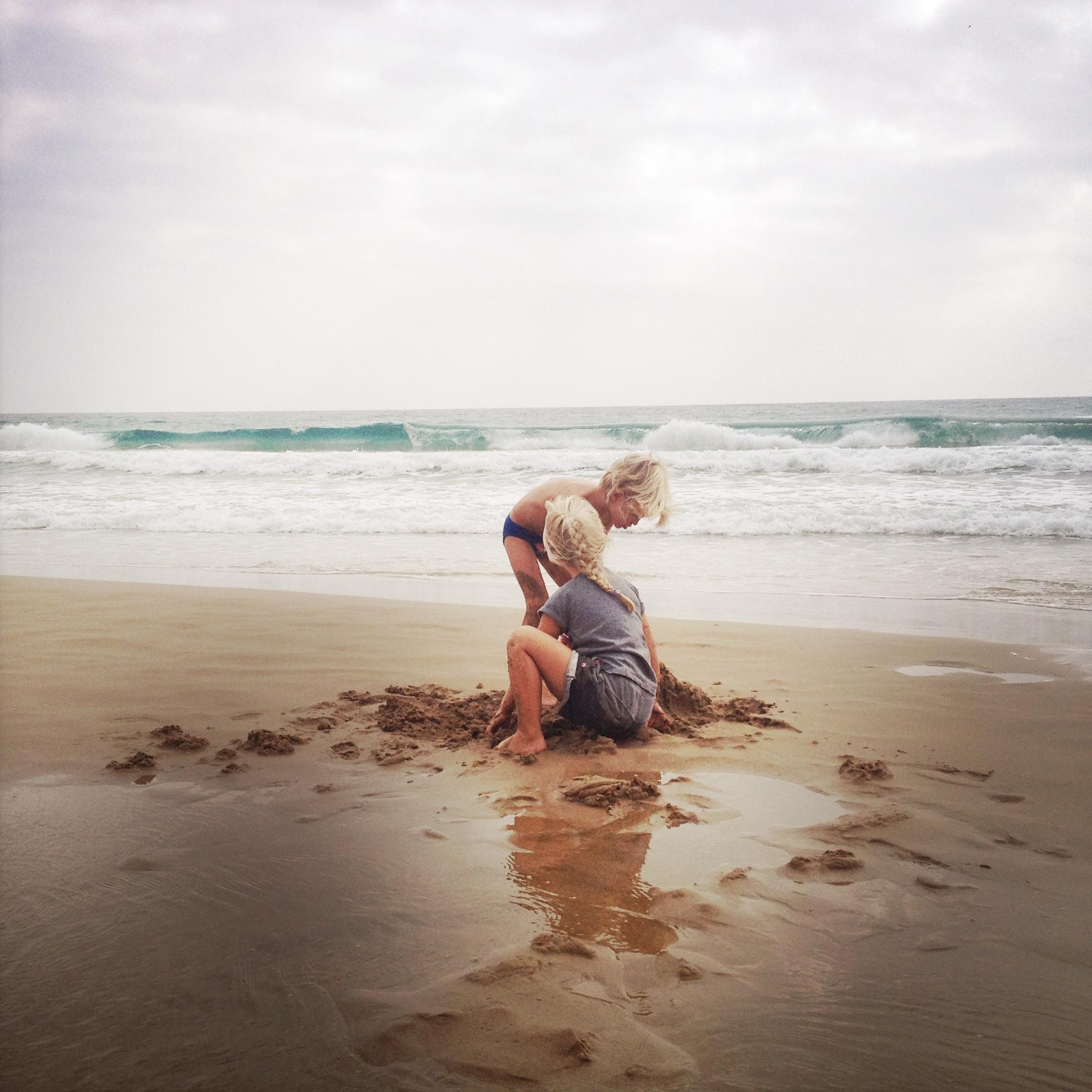 Octavi Lobo - Nens a la platja