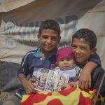 El Seguici en mans de petits refugiats sirians